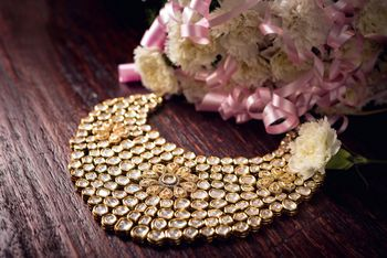 Gorgeous piece of bridal necklace for wedding.