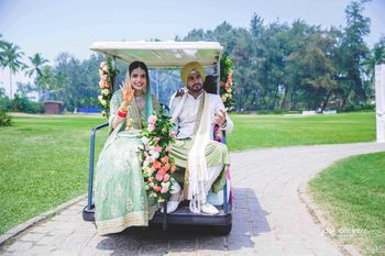 Photo of Couple exit ideas on golf cart
