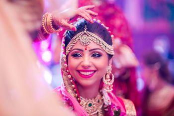 bride with bindi