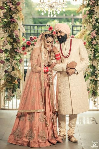 Pastel matching Sikh couple
