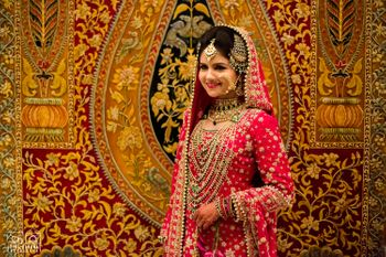 Muslim bride wearing satlada `