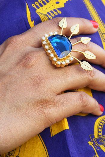 Photo of blue lapiz stone ring