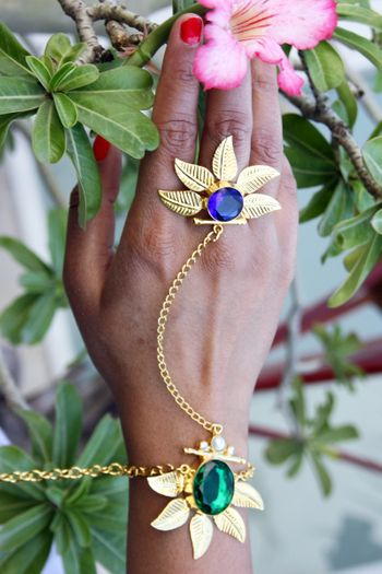 funky mehendi jewellery