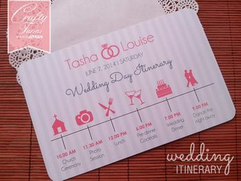 Cute wedding day itinerary card for the wedding