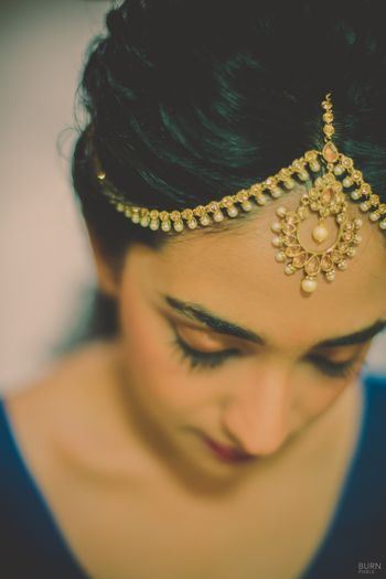 Photo of Gold Mathapatti with Pearl Drops