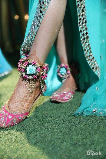 Bridal juttis and floral anklets