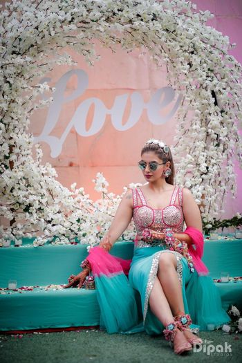 Mehendi photobooth or backdrop for bridal seat