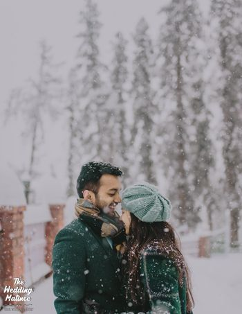 Outdoor pre wedding shoot in a place with snow