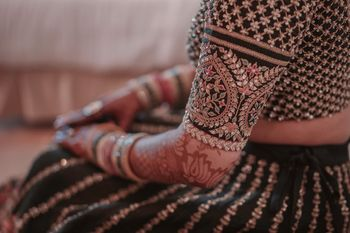 Photo of Sabyasachi bridal lehenga sleeve