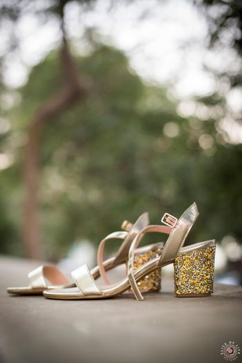 Gold shimmery block heels for bride