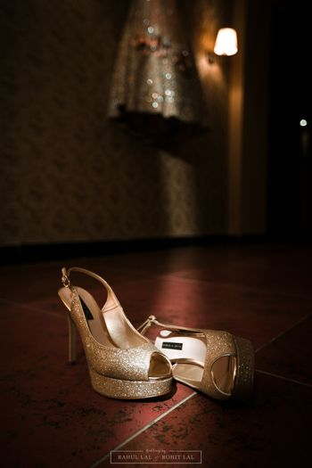 Shimmery gold peep toes for bride