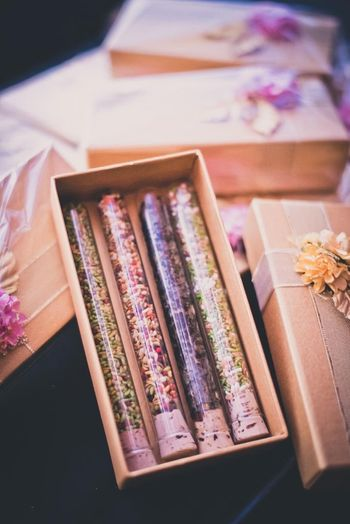 Mukhwas as wedding favour with card