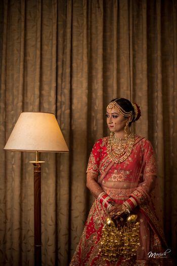 Heavy bridal jewellery with kaleere