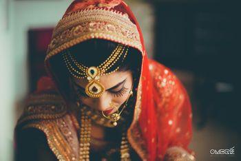 Red Dupatta and Gold Layered Mathapatti