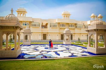 Exotic Palace Wedding Venue Couple Shot