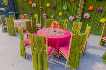 Bright and happy table decor idea for mehendi