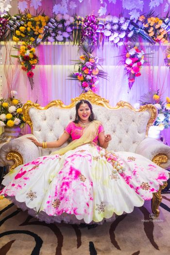 Pink and white tie and dye lehenga for mehndi