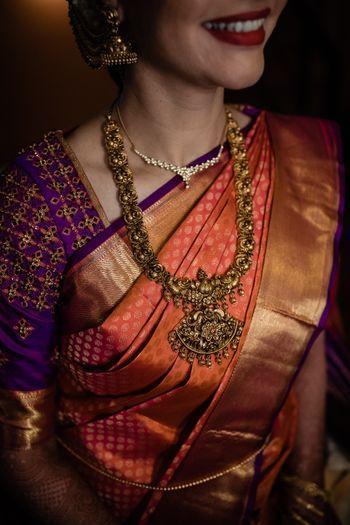 Sleek yet intricate temple jewellery necklace!