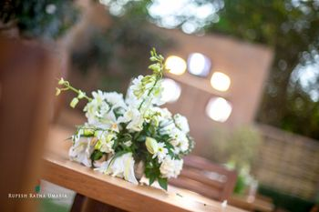 White Floral Table Centerpieces