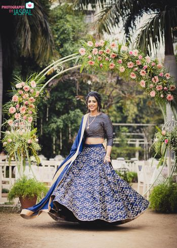 Minimal and simple mehendi lehenga in blue