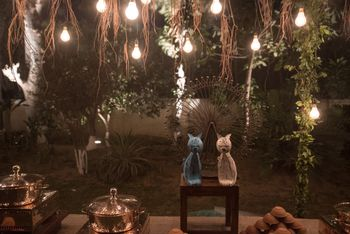 Hanging Bulbs Decor