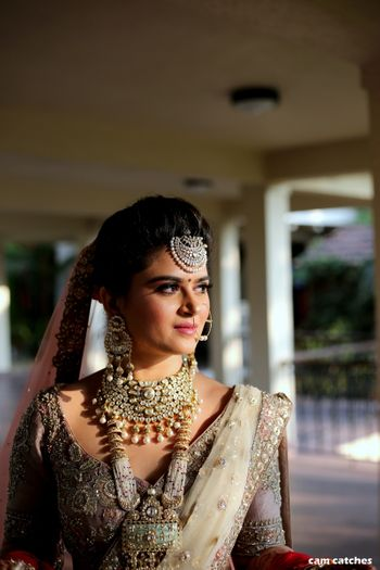 Layered bridal necklace and maangtikka