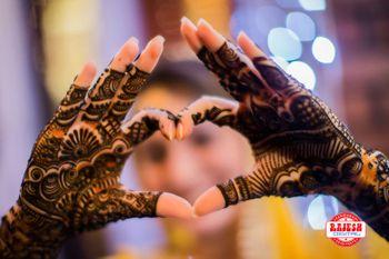 Bridal Hand Mehendi Design Photography