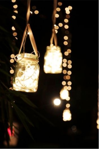 Hanging Mason Jars Decor with Fairy Lights