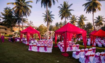 Hot Pink and White Evening Decor