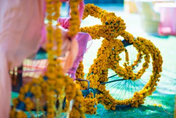 Photo of Floral Bicycle Decor