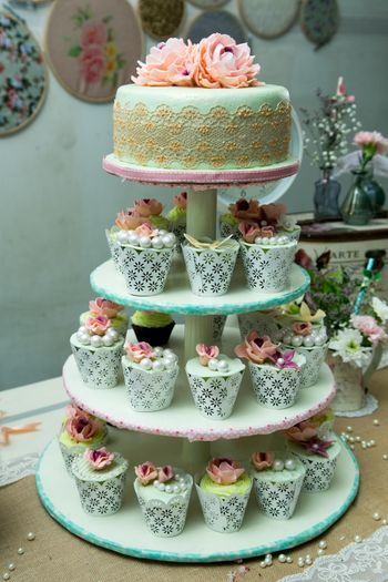 Mont Fondant Wedding Cake with Mini Cupcakes