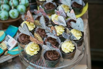 Chocolate Cupcake with Rostte Decor as Favors