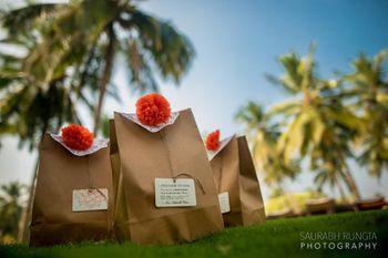 Paper Bags Favor Packaging with Genda Phool