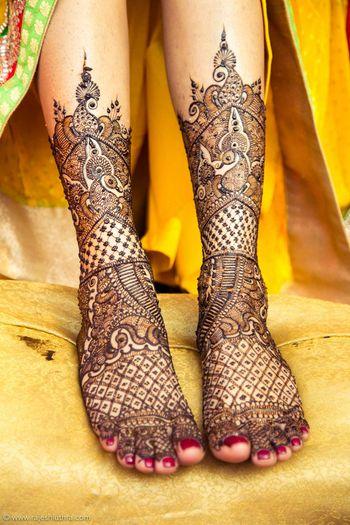 Bridal Feet Mehendi - Jaal Design