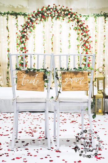 Dedicated Couple Chairs Decor