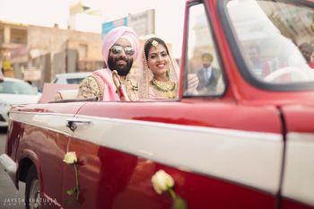 couple entry or exit idea in vintage car