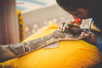 Photo of Bridal Hand Mehendi-Abstract Design
