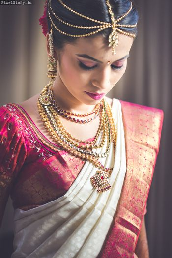 Gold South Indian Mathapatti with Gold Necklace
