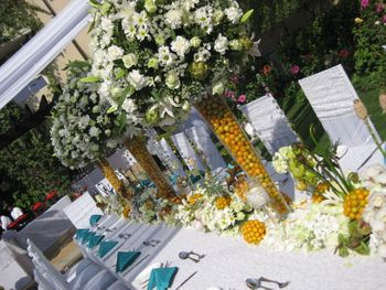 Photo of White Floral Centerpiece Decor