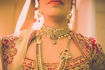 Gold Choker Necklace and Rani Haar