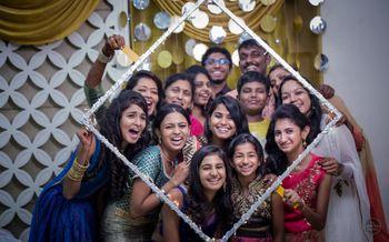 Fun Bridesmaid Photo with Square Frame Around Everyone