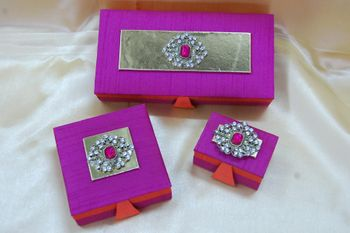 Photo of fuschia purple boxes