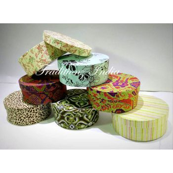 Photo of floral print trousseau boxes