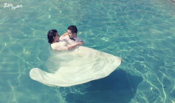 Photo of Pre Wedding Shoot with Couple in Swimming Pool