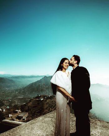 romantic pre wedding shoot