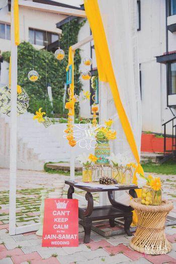 Summer mehendi decor in yellow
