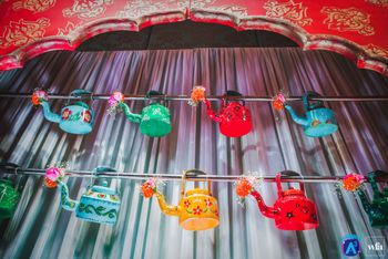 Quirky Decor with Colourful Kettle Wall