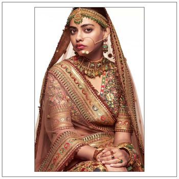 Photo of The Glamorous Bohemian Modern Bride Wearing Sabyasachi Heritage Jewellery.
