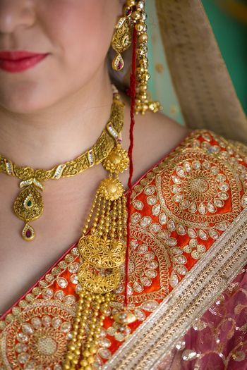 Kashmiri Bride Wearing Antique Jewellery