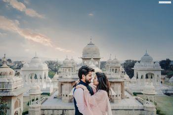 Photo of romantic filmy pre wedding shot
